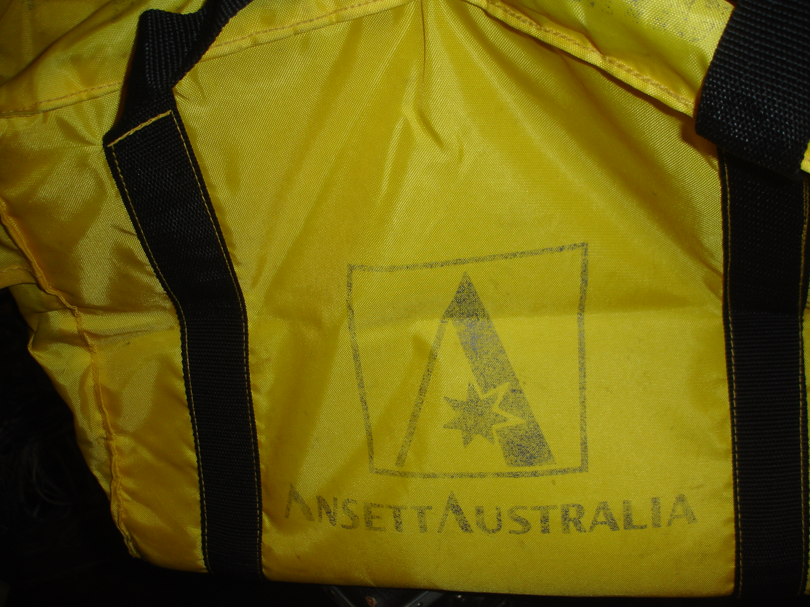 MAGAZINES BAG (Padded) yellow